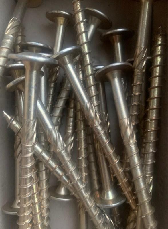 Wkręt utwardzany ciesielski konstrukcyjny TORX talerzyk 10x240mm