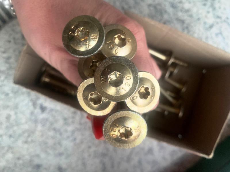 Wkręt utwardzany ciesielski konstrukcyjny TORX talerzyk 10x180mm